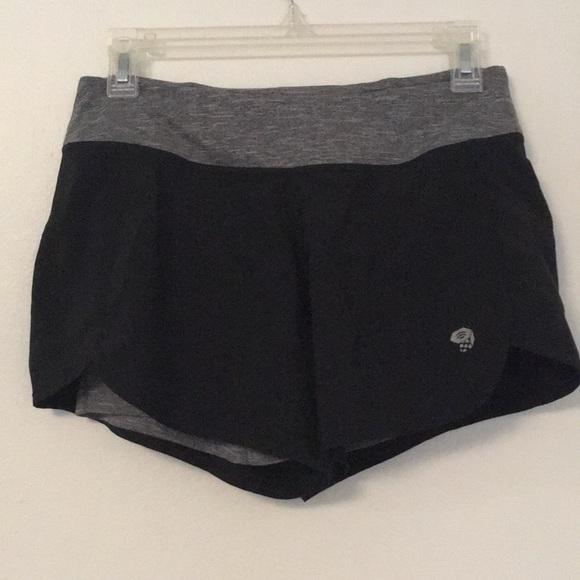 Mountain Hardwear Pants - Mountain Hardwear shorts work out black small